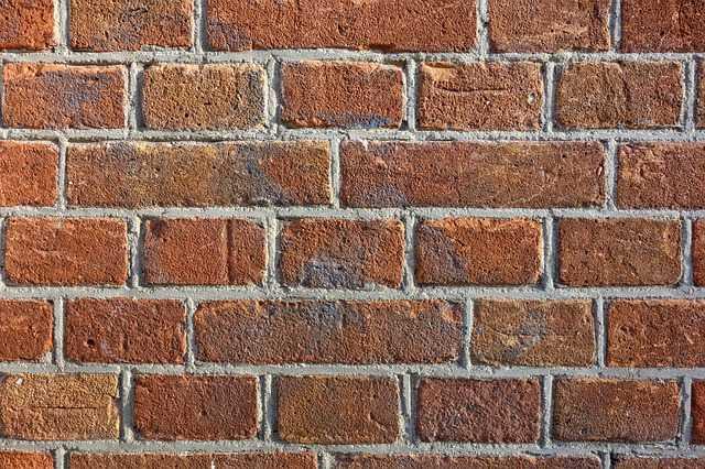 Få 3 tilbud med priser på pudsning af facader